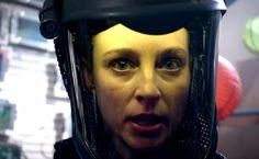Pandemic lässt uns die Zombie-Apokalypse aus der Sicht einer Ärztin erleben. Mit dabei sind Rachel Nichols (Continuum), Mekhi Phifer (8 Mile), Alfie Allen (penisloser Bruder von Lily Allen) und Missi Pyle (Galaxy Quest). Ich mag die Idee, leider gibt es dazu immer noch keine Infos, aber der Film soll am 1. April in den US&A [ ]
