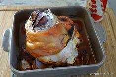 Ciolan de porc cu bere la cuptor | Savori Urbane Toast, Breakfast, Pork, Morning Coffee