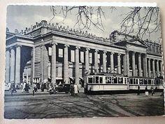 """9: Vorm Wiederaufbau hatte der Königsbau """"Nasen"""" auf den Giebeln Foto: StN"""