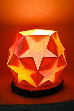 Day & Year ~ Dodecahedron Star Lantern ~ tutorial