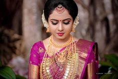 Indian Bridal Sarees, Wedding Silk Saree, Indian Bridal Fashion, Indian Wedding Bride, Indian Wedding Outfits, South Indian Bride, Bridal Makeup Looks, Bridal Beauty, Kerala Hindu Bride