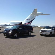 We offer Boston airport limousine services at reduced flat rates, with an awesome fleet of luxury sedans, executive car,SUVs, and mini vans. If you need to travel across the city from the airport just like a VIP or be taken directly to home in an executive vehicle or get to the main airport on or before the scheduled flight. For more Details Call us on 1-800-720-3818