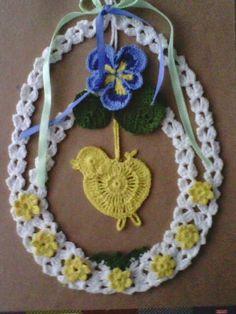 Romans z szydełkiem: lutego 2015 Crochet Stitches, Knit Crochet, Crochet Snowflakes, Easter Crochet, Beaded Ornaments, Little Birds, Crochet Accessories, Crochet Designs, Easter Baskets