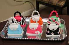I made these mini purse cakes for a purse party.
