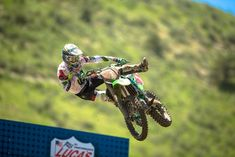Eli Tomac rolls on in his home state, going 1-1 in Colorado.