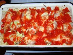 Cristina's world: Pulpe de pui pe pat de varza Kefir, Lasagna, Cooking, Ethnic Recipes, Food, Recipes, Blue Prints, Kitchen, Essen