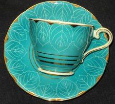 AYNSLEY ENGLAND AQUA TURQUOISE BLUE WHITE LEAFY GOLD TEA CUP