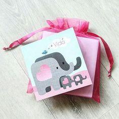 www.hetuilennestje.nl geboortekaartje geboortekaarten birth announcement dieren olifanten meisje schattig enveloppen roze blauw hartjes hart baby