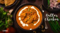 Butter Chicken Gravy Butter chicken is one of the most popular chicken recipes in India. Golden fried chicken pieces are cooked in a creamy tomato base. It is best served with roti, naan or pulao. Chicken Butter Masala, Butter Chicken Rezept, Chicken Pulao Recipe, Butter Chicken Recipe Video, Chicken Recipes Video, Masala Powder Recipe, Masala Recipe, Naan, Indian Recipes