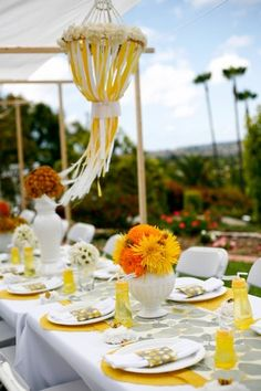 Outdoor Ribbon Decor :: Love this!