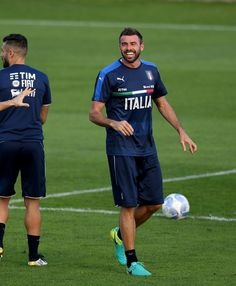 Andrea Barzagli of Italy smiles during a training session at the club's training ground at Coverciano on October 3, 2016 in Florence, Italy.