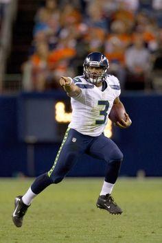 Russell Wilson Photos - Seattle Seahawks v Denver Broncos - Zimbio