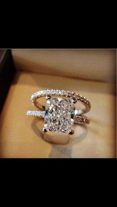 A beautiful wedding ring!
