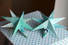 Annchen: Juleri og foldede stjerner