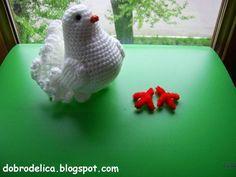 La paloma, además de ser un hermoso pájaro, simboliza la paz. Su color blanco aporta tranquilidad y se puede colocar en cualquier lugar como una decoración, ya que va con todo. Esta magnífica paloma en crochet, se verá bien en … Ler mais... →