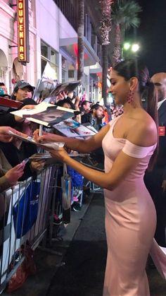 Dazzling Deepika signing autographs on the read carpet of the #xXxLAPremiere