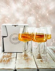 Perfect homeware Gifts , Netflorist offers a range of homeware Gifts. Same Day Delivery Service, White Wine Glasses, Alcoholic Drinks, Christmas Gifts, Gift Ideas, Mom, Decor, Fashion, Xmas Gifts