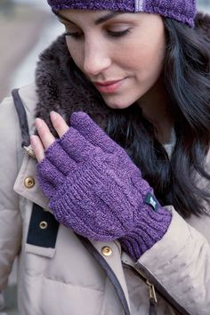 Jiuhexu Women Winter Beanie Hat Ski Cap Fleece Lined Ear Flaps Dual Layered Pompoms