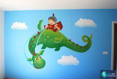 Muurschildering van schattige draak met stoere drakenrijder on Lizart  https://lizart.be/wp-content/uploads/muurschilderingen-van-eigen-ontwerp/muurschildering-drakenrijder.jpg