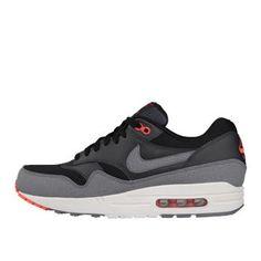 Nike airmax - I own these bad boys