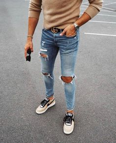 Qual look ficou melhor 01 02 ou 3 ? Men Street Look, Men With Street Style, Style Men, Mens Fashion Wear, Fashion Outfits, Prada Outfits, Fashion Ideas, Men's Fashion, Color Combinations For Clothes