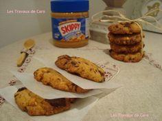 """750g vous propose la recette """"Cookies beurre de cacahuètes et chocolat noir"""" notée 4.2/5 par 6 votants."""