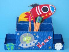 Schultüten - Schreibtisch Stiftebox Alien im Weltall +Name - ein Designerstück von Wonderful-Paper-Art bei DaWanda
