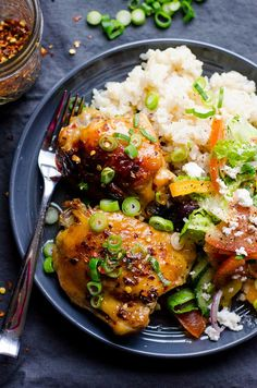 Slow Cooker Thai Chicken Thighs Recipe made with 2 ingredients: healthy homemade thai sweet chili sauce and chicken thighs. BEST easy healthy chicken! | ifoodreal.com