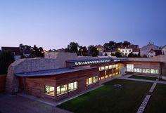 Heritage Interpretation Centre in Brie-Comte-Robert, France by Semon Rapaport: