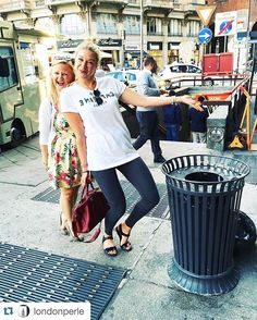 @londonperle ・・・ Auch ein Mülleimer in Milano ist einfach schöner als woanders.  @elbgestoeber  #bin #happytimes #happytimestogether #instadaily #instafun #instafunny #instafunnypictures #instamood #mailand #milan #milano #mülleimer #repost #weekend #weekendaway