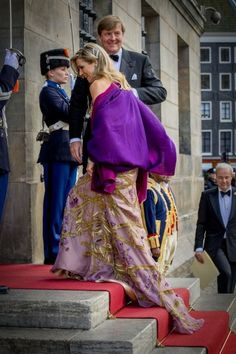 ♥•✿•QueenMaxima•✿•♥...Festive Dinner to King Willem-Alexander's 50th Birthday. April 28, 2017