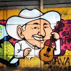 El tío Simón más cuchi que he visto. #lavacamariposa #tiosimon #estaciónmiranda…