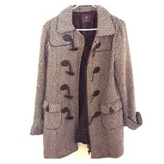 Forever 21 Coat! Perfect condition. Zips up front and then claps over zipper Forever 21 Jackets & Coats Pea Coats