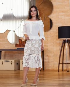 """9,313 curtidas, 443 comentários - P A O L A   S A N T A N A (@paaolasantanaa) no Instagram: """"{ Amei esse look da @revolucaomodafeminina }"""" Skirt Outfits, Dress Skirt, Lace Skirt, Formal Wear, Mother Of The Bride, Dressing, Couture, Lady, Womens Fashion"""