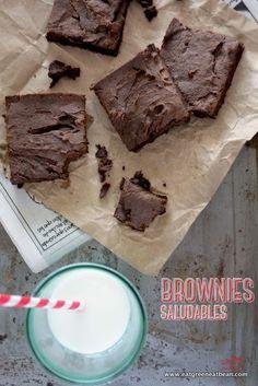 BROWNIES SALUDABLES  No vas a creer lo ricos que están estos brownies, hechos de ingredientes saludables, sin huevo, sin gluten, sin azúcar, sin nueces y ultramegadeliciosos!!!  #brownies #vegan #veganos #cleaneating #sinlacteos #singluten #healthy