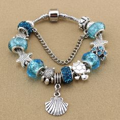 Blue crystal/Glass bracelet Sea turtle with starfish shell