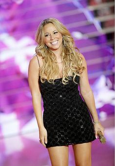 ImageFind images and videos about Mariah Carey on We Heart It - the app to get lost in what you love. Mariah Carey My All, Mariah Carey Pictures, Queen Mimi, Female Singers, Nicki Minaj, Beyonce, Diva, Angels, Beauty
