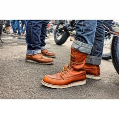 Red Wing 875 & Red Wing 877 #redwingheritage #redwing #redwingamsterdam (at TROUPE   Brut Rides Industry)