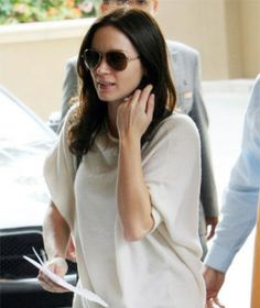 Emily Blunt in herTom Ford 'Charles' Aviator Sunglasses
