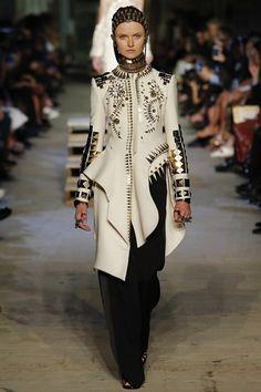 Givenchy by Ricardo Tisci Spring/Summer 2016 Ready-To-Wear New York Fashion Week #NYFW