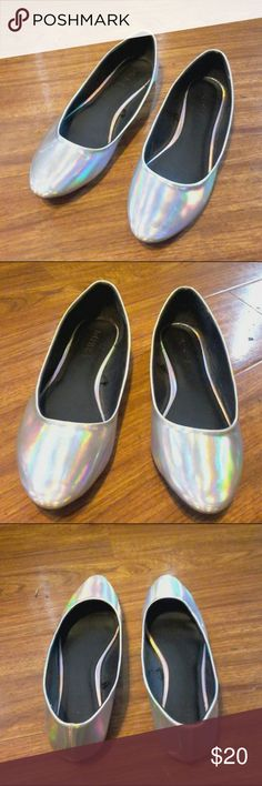 Holographic Flats Forever 21 brand holographic or metallic flats. Feel like a magical unicorn in these when they shine like a rainbow! Bought from another posher but never wore these Forever 21 Shoes Flats & Loafers