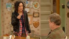 """I just watched Roseanne 10x02 """"Dress to Impress""""  https://t.co/dcicNOmnso #trakt"""