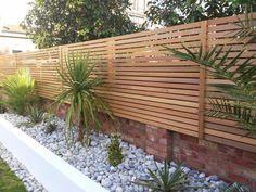 Backyard Fences, Garden Fencing, Backyard Landscaping, Trellis On Fence, Landscaping Ideas, Modern Wood Fence, Wood Fence Design, Wall Design, Modern Backyard