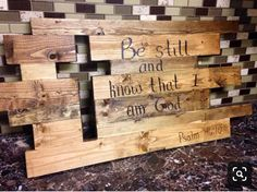 Items similar to Customized wood burnt Cross wall art! on Etsy Items similar to Customized wood burnt Cross wall art! on Etsy,gemeinde Customized from your Last Name to your Favorite Verse or Saying! Wooden Pallet Projects, Pallet Crafts, Wooden Crafts, Diy Projects, Palette Projects, Wood Projects That Sell, Barn Wood Crafts, Small Woodworking Projects, Woodworking Classes
