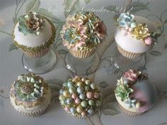 Gilt-ee Candee Couture Cake Kit by Carina's Cupcakes... This Lady is an amazing talent!!