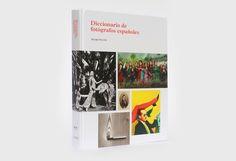 La S.G. de Promoción de las Bellas Artes ofrece de forma gratuita la versión digital del exhaustivo 'Diccionario de fotógrafos españoles', una publicación que recoge la historia de la fotografía nacional desde sus inicios hasta la actualidad.