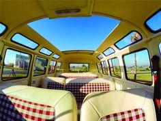 '71 Volkswagen Bus Samba Kombi