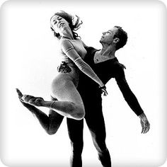 Crises (1960) This dance was first performed in the Thirteenth American Dance Festival, then held at Connecticut College, New London, in the summer of 1960. (Merce Cunningham)