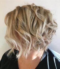 Blonde Bob Haircut, Blonde Bob Hairstyles, Medium Bob Hairstyles, Top Hairstyles, Modern Hairstyles, Straight Hairstyles, Gorgeous Hairstyles, Bob Haircuts, Highlighted Hairstyles