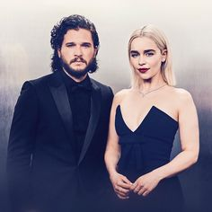 Golden Globes 2018: Best photos of Emilia Clarke and Kit Harington - INSIDER
